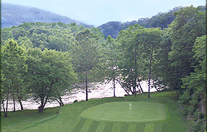 Cliff View Hole 14 Overlooking the Jackson River